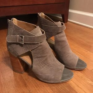 14th and union peep toe open booties size 8.